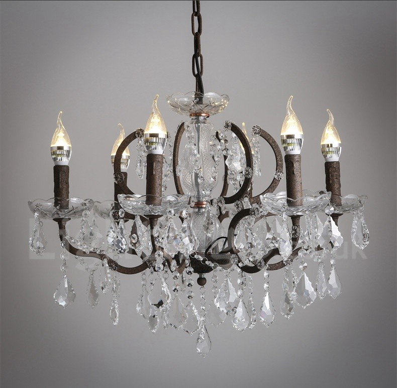 Enjoy The Classic Elegance Of A Candle Chandelier