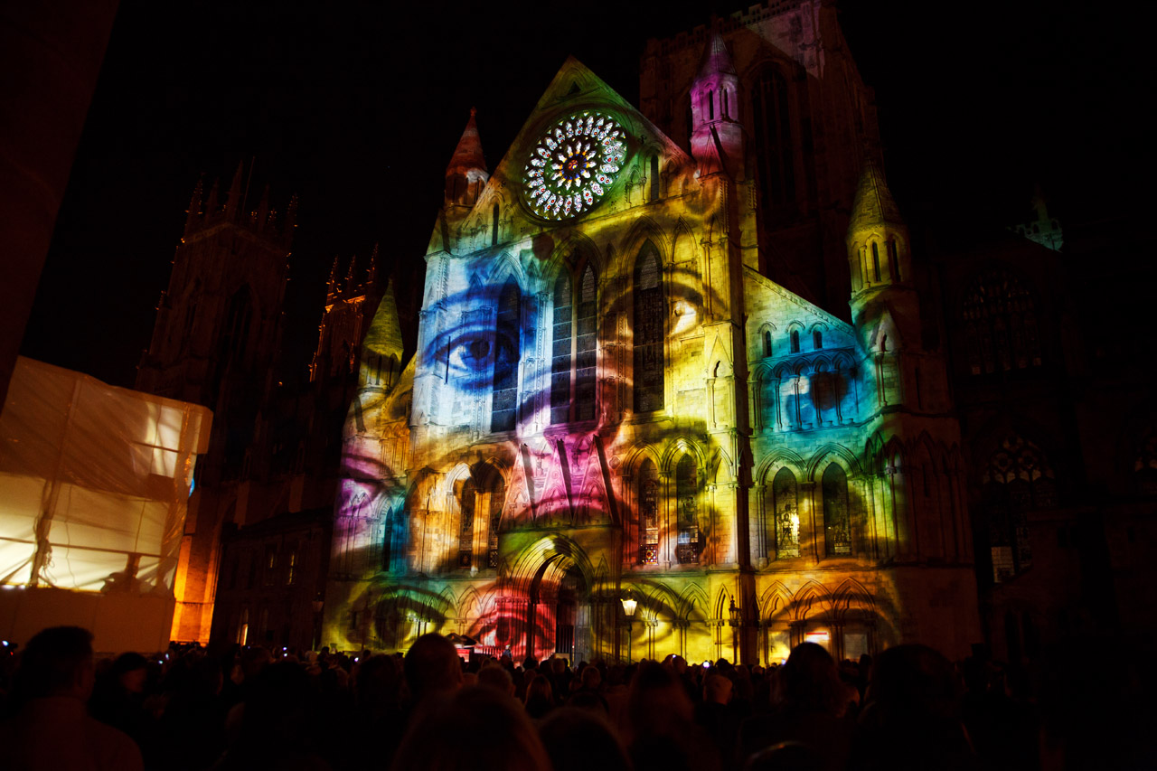 PROJECTION MAPPING – what it is and available apps.