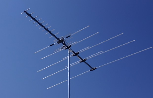How to Install a TV aerial at the roof?