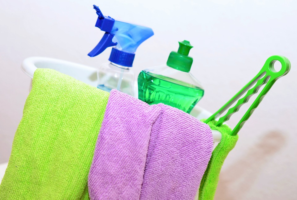 How to Improve Your Health by Maintaining a Clean Home
