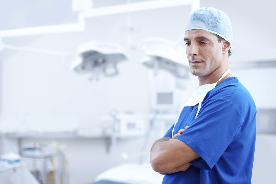 Why Medical Professionals Wear Scrubs
