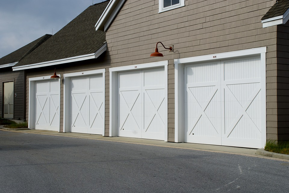 What To Do When your Garage Door Does Not Completely Go Down