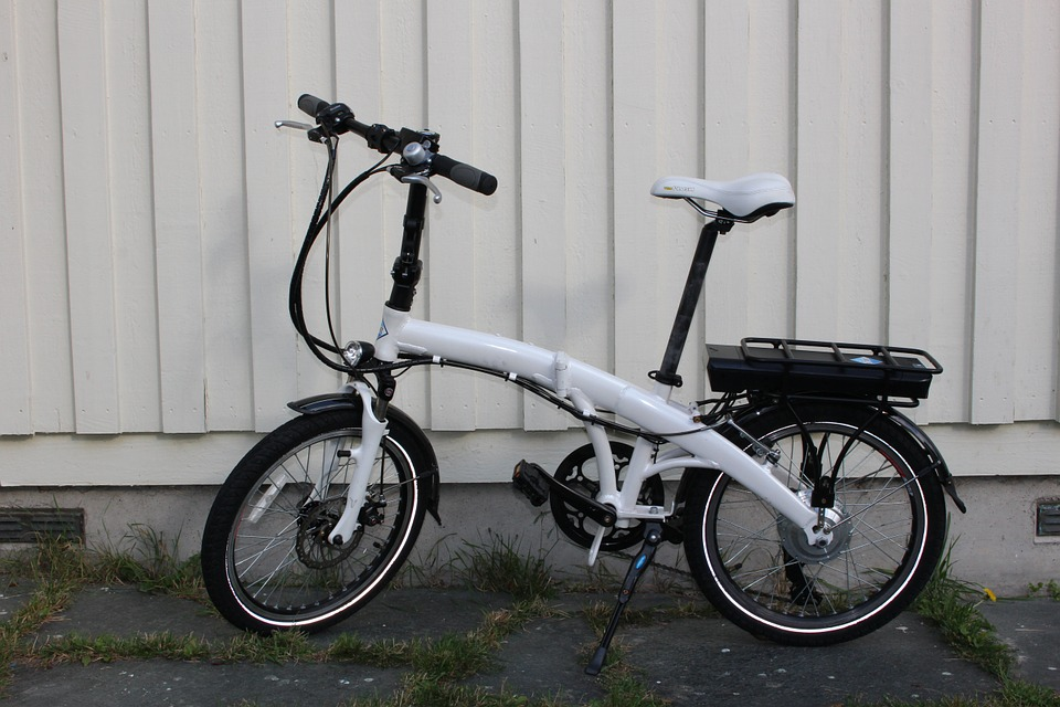 The Pros And Cons Of Folding Electric Bikes For Your Health