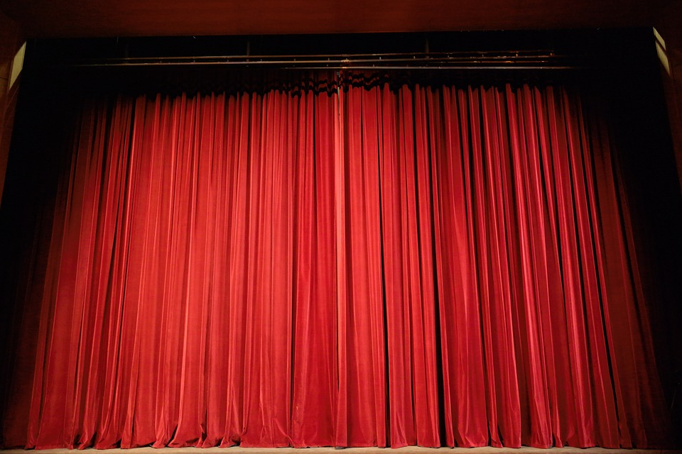 Planning a trip to New Jersey? Here are the top 5 Live Theater Venues you must visit.