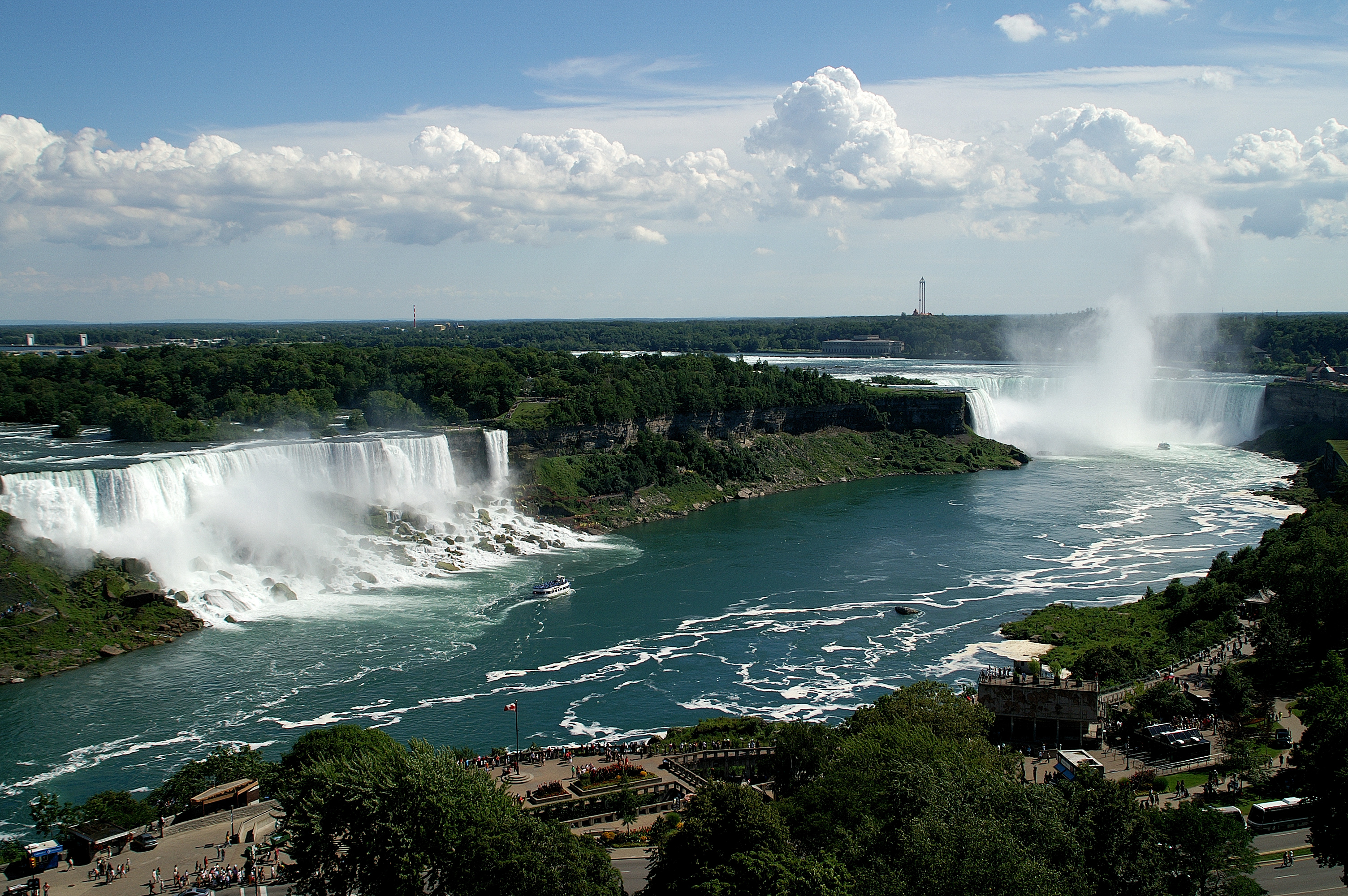 Niagara Falls are yours to discover!
