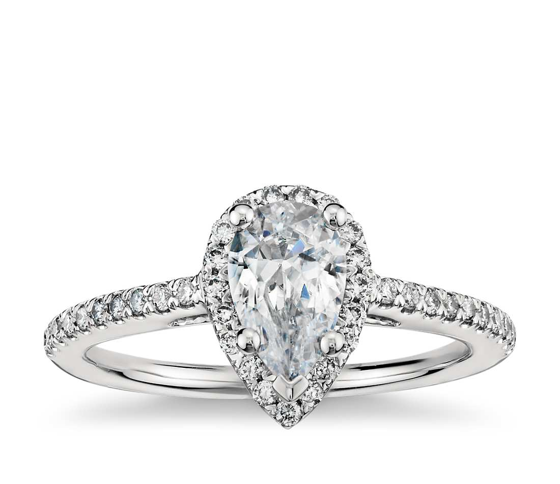 Pear shaped engagement ring :  A great means to show your love