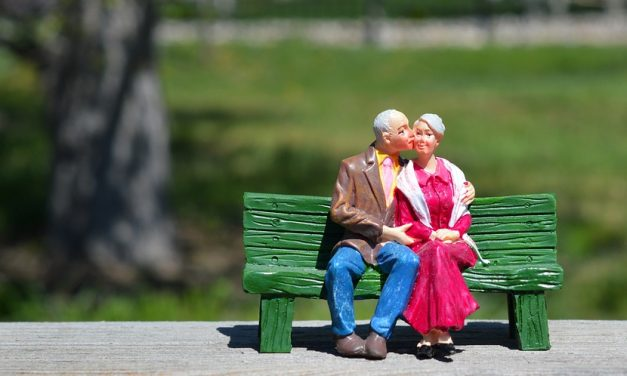 Dating Tips for 55+ Women and Men