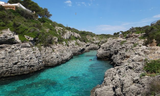 An Average Estimate of the Costs of Menorca Villas