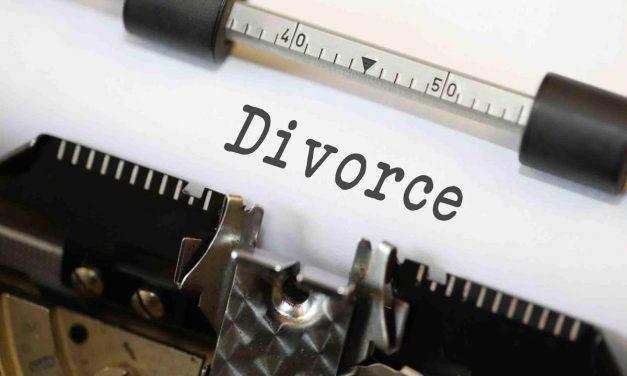 The Pros And Cons Of Hiring A Divorce Attorney