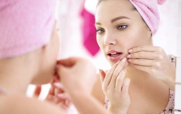 How to Choose Natural Skin Care Products for Acne-Prone Skin