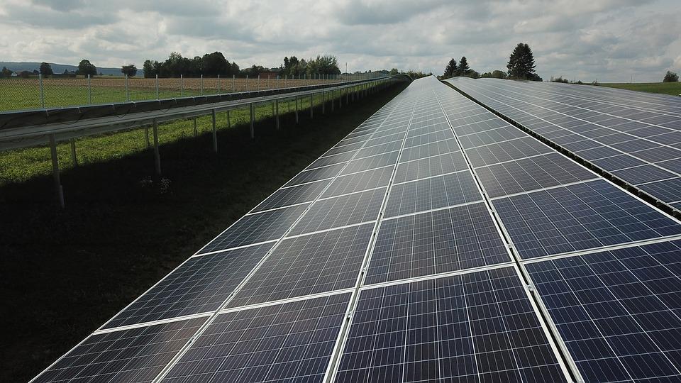 Smart solar box to cut your power bill