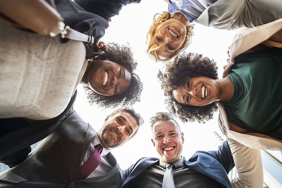 EMPLOYEE INCENTIVES THAT IMPROVE BUSINESSES PERFORMANCE