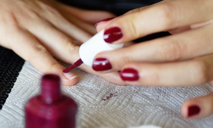 Modern Beauty Tool Is Making Manicures Simple