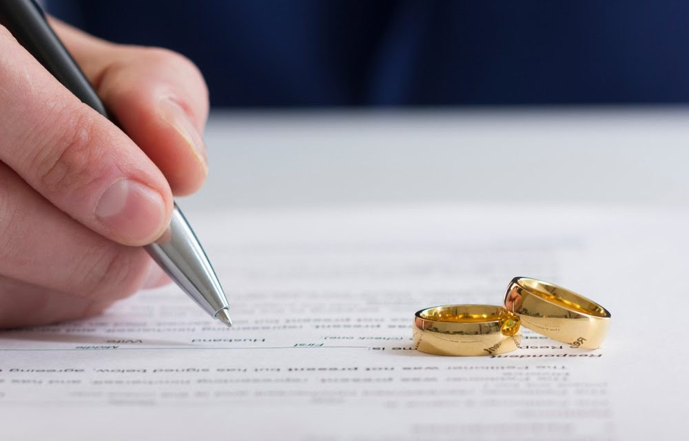 Tips for Selling the Family Home During Divorce