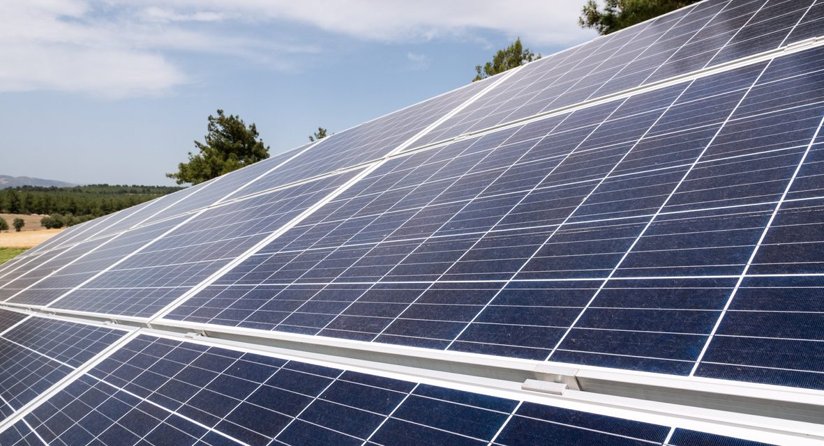 Can Solar Panels Charge Your Electric Vehicle ?