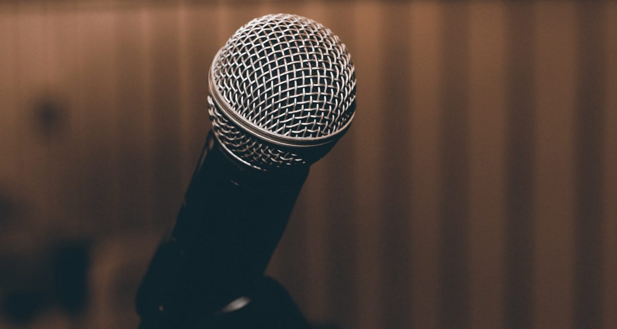 How to Choose the Right Mic Stand?