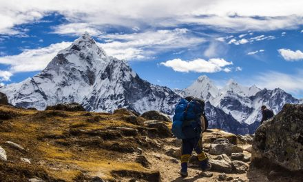 Everest Base Camp Trek vs Annapurna Circuit Trek