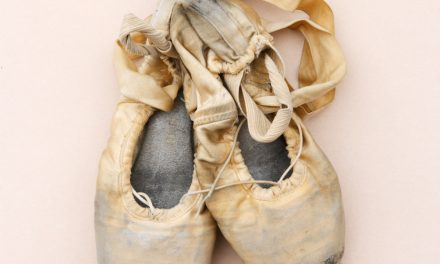 Should Early Training Involve Pointe Shoes?