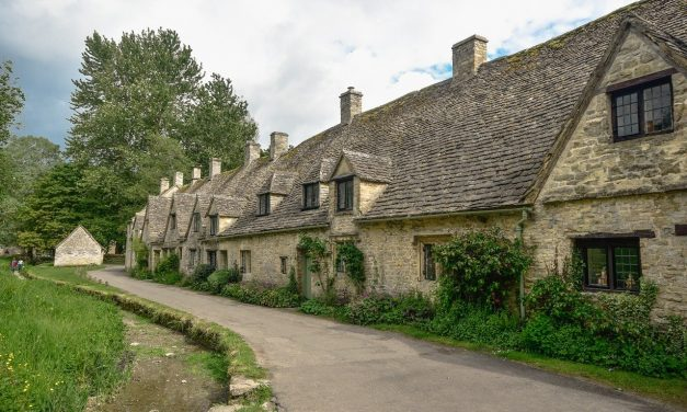 Top Historical Towns and Visitor Attractions in the Vale of Gloucester