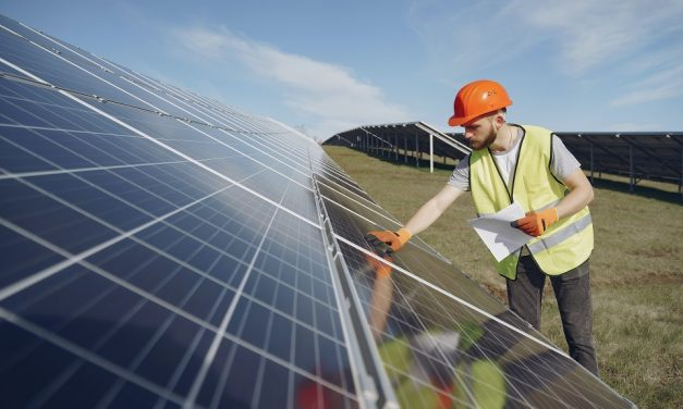 How Does Commercial Solar Work?