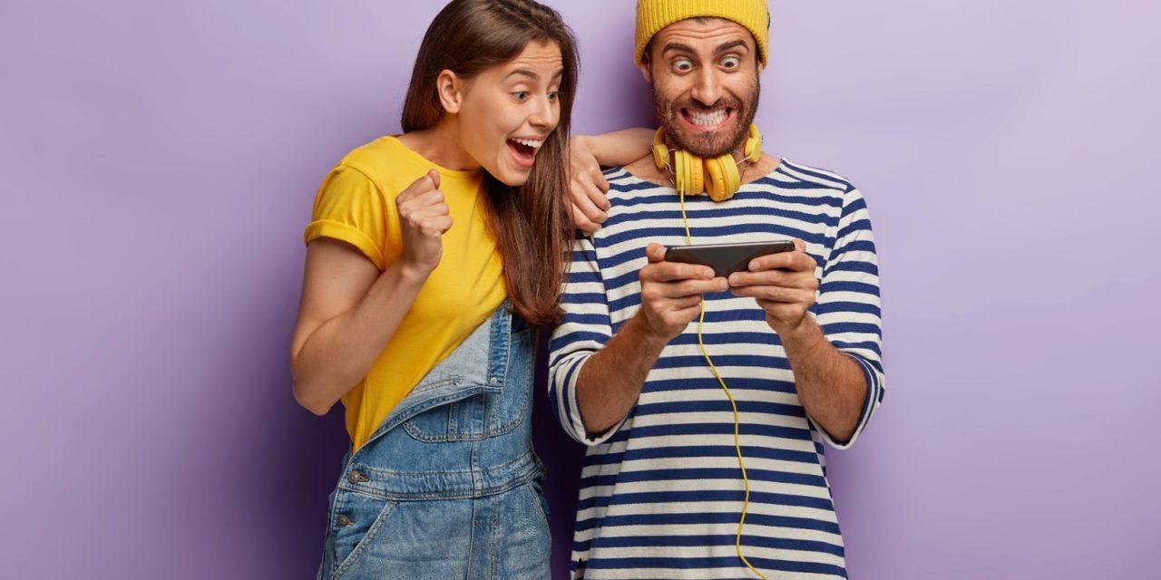Advantages of Phone Slot Games